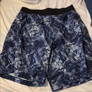 Men's L Lululemon Shorts
